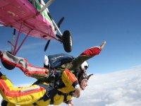 Salto en paracaídas desde 4000m + Vídeo o Fotos