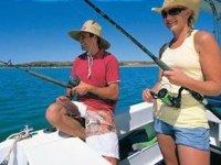 Pesca durante el paseo en barco
