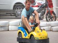 Padre e hijo motorizados