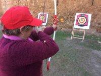 Pointent la flèche sur la cible