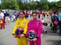 Dos jóvenes pilotos