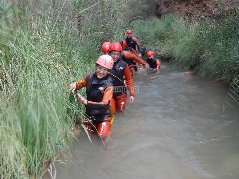 Desplazándose por las aguas del Río Cabril