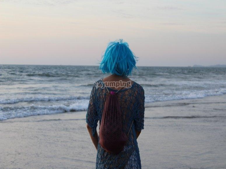 Píntate el pelo de azul y salva el océano