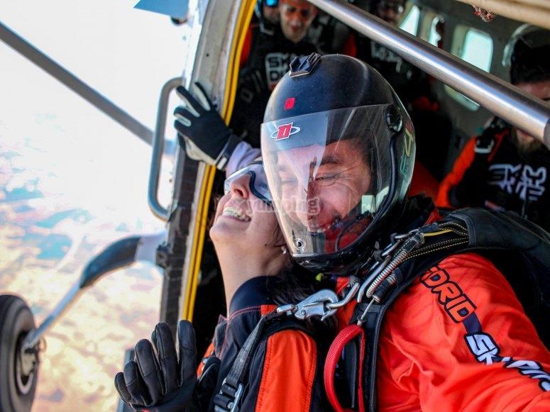 Preparados para el salto desde el avión