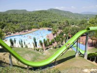 Parque de atracciones acuáticas