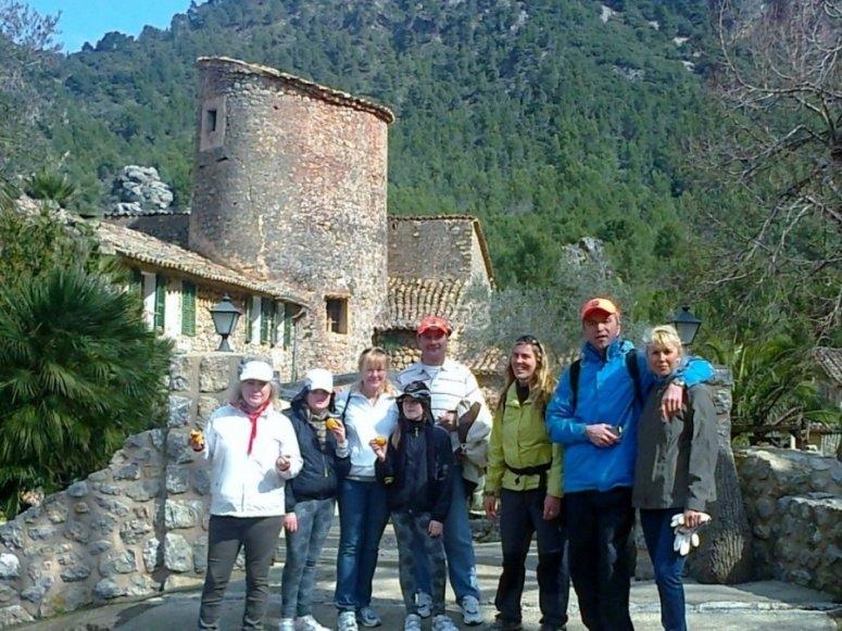 Admire amazing areas by trekking