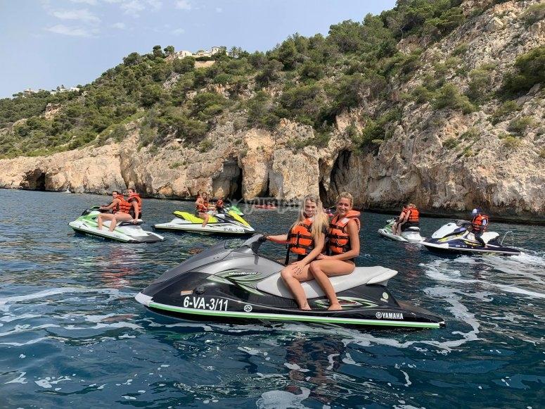 Motos de agua y amigas en Alicante