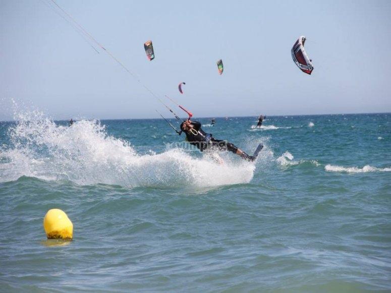 Acrobacias de kitesurf