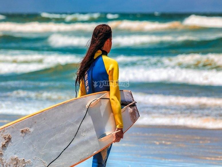 Alumna de surf