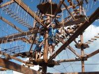 Los parques de cuerdas en las alturas