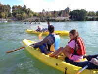 Tour in kayak with the family