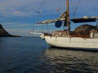 Barco hacia puerto San Miguel