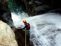 Salto desde la cascada