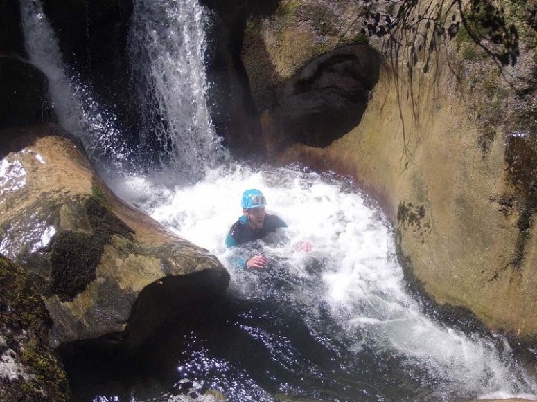 Canyoning descend in Cantabria Rubo