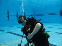 buzo bajo el agua