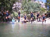 Saltando todos al agua