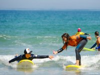 Attention and proximity in surf class