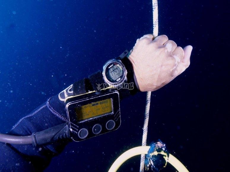 特定潜水课程