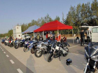 Curso de conducción de motos 2 días