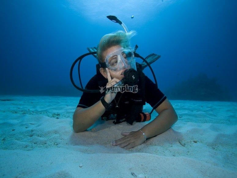 阿尔梅塔拉的潜水活动
