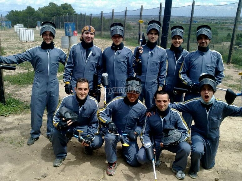 Players equipped for paintball