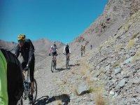 享受山地自行车MTB旅游安达卢西亚