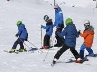 学习滑雪学校
