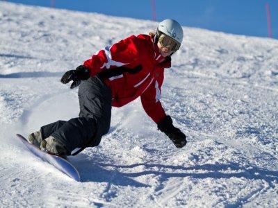 Clase de snow en grupo La Molina y material 2h