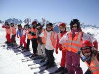 Escuela de esquí en la Sierra de Madrid