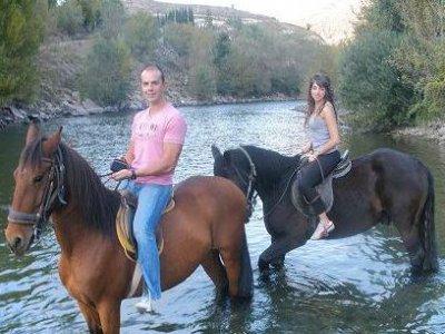 Ruta a caballo 1h. en Sort
