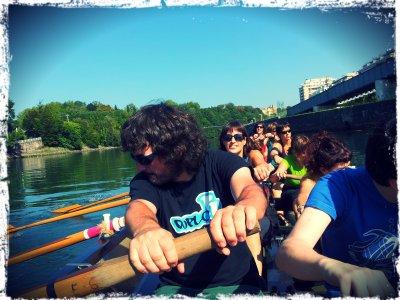 Remo en el río Urumea en Txalupa 90 min