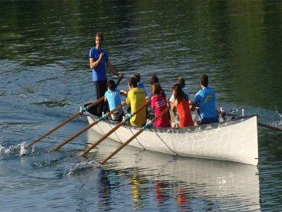 Visita guidata in grande canoa sul fiume Urema 90min
