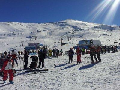 EscapadaEsquíSierraNevada 2天滑雪通行证+酒店
