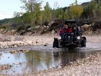 Cruza ríos con el buggy