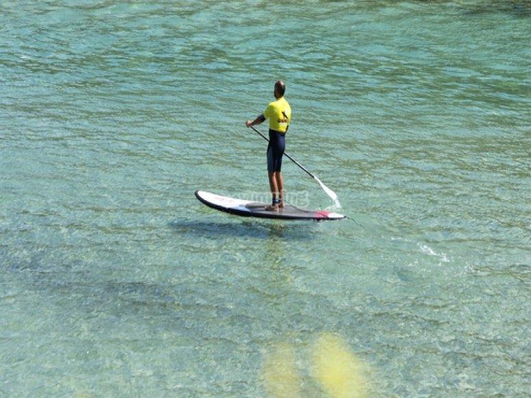 Paddle surf en Llanes en verano