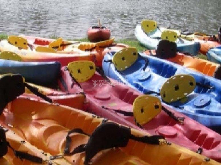 Kayak paddling tutorial in Descensos Medina