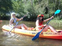 Stag party practicing canoeing