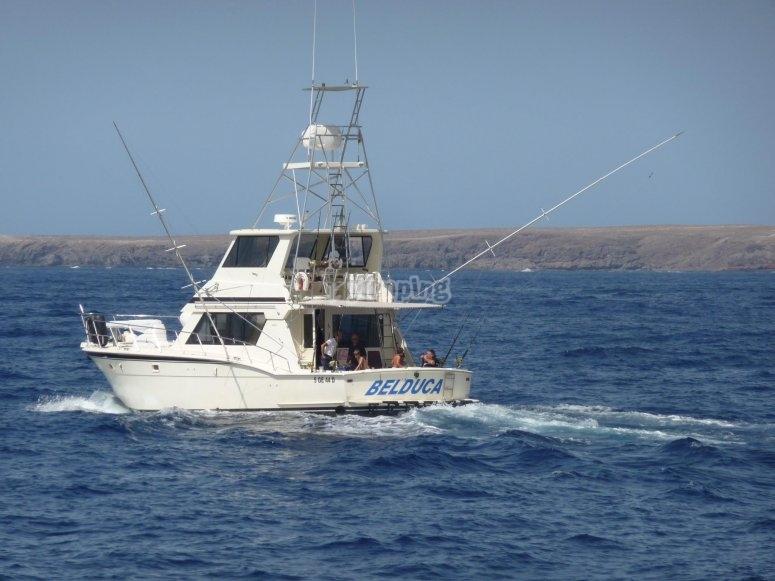barco para pescar en canarias