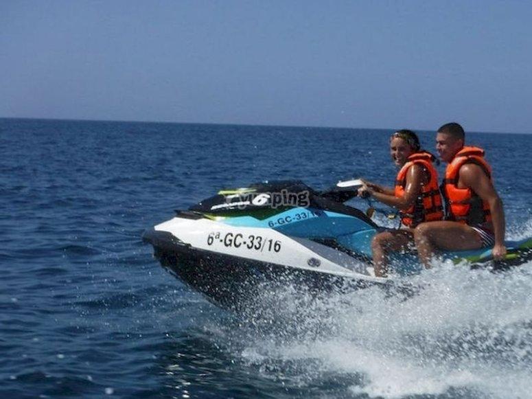una excursión en moto de agua por la costa de Villajoyosa