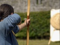 Aiming with wooden arch