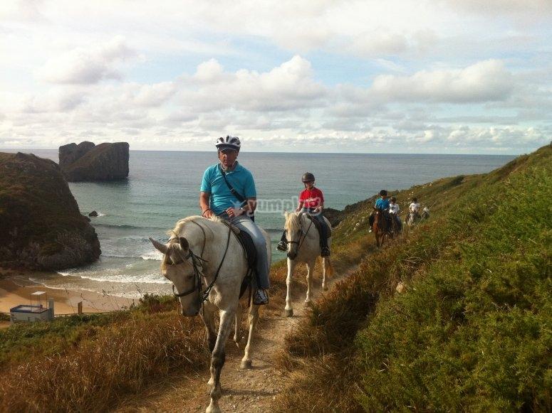 Tour a caballo por Asturias