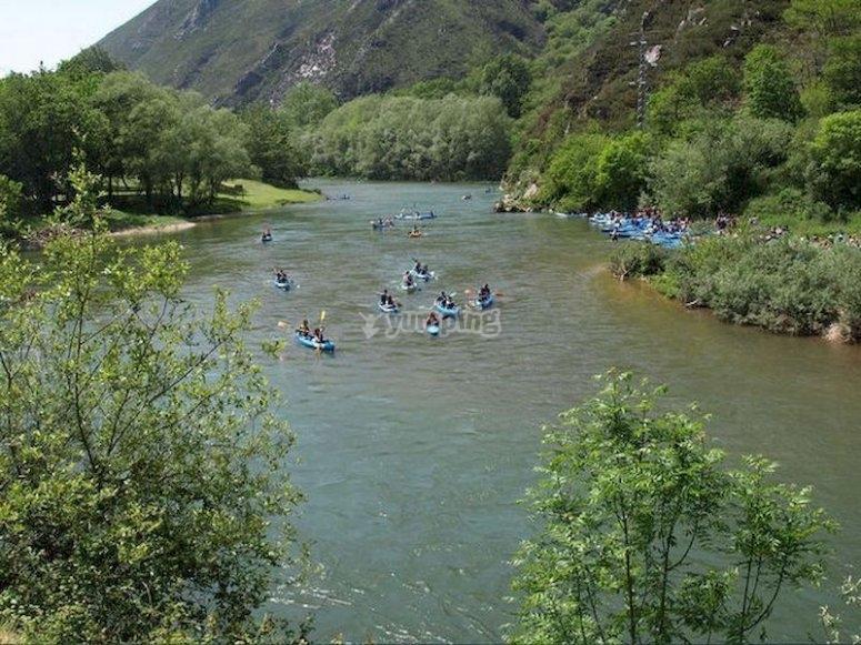 Hacer el descenso del Sella en canoa desde Arriondas