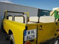 Jeep amarillo