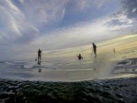 De pie sobre las aguas