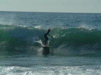波浪中的Calbalgando