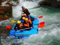 Despedida de soltero con rafting en Montanejos
