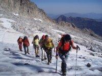Los Glaciares, the treasure of the Pyrenees ...