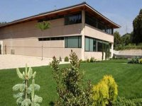 Meet our modern winery