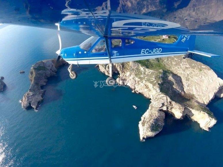Despega en avioneta desde Torroella de Montgrí