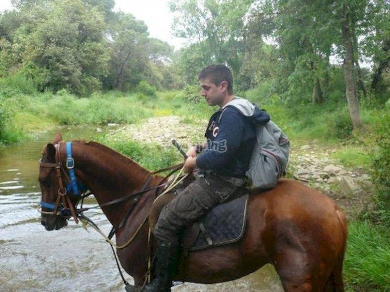 Recorre Begur a caballo